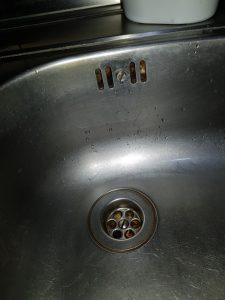 kitchen sink clogged