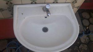a clogged washing basin in sittard-geleen