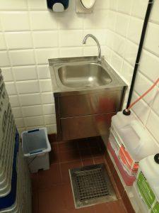 kitchen sink cleaning in haarlem