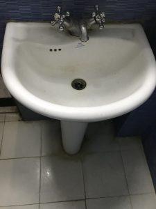 washing basin installation in helmond