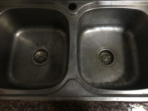 we help you to unclog your kitchen sink